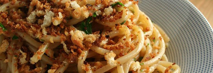 Spaghetti-with-anchovies_web